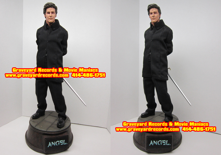 "20"" Buffy the Vampire Angel Premium Format Figure"